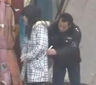 Les pickpockets chinois volent à la baguette !